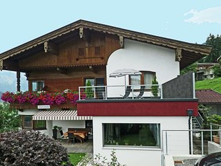 Luxurious Apartment in Hart im Zillertal   with Mountain View