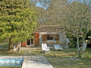 Rural house with private pool, at only 3 km from the lively town of Draguignan
