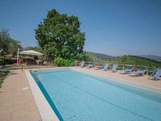 Charming Villa in Tuscany with Swimming Pool