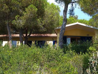 House with direct access and private terrace at sea, only 10min from Capoliveri