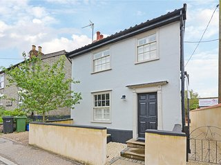 Best Located and Beautifully Renovated Cottage