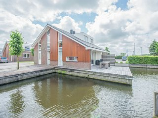 Nice holiday home with dishwasher, not far from Amsterdam