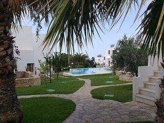 Nice holiday home on complex with a large swimming pool, near Rethymno NW Crete