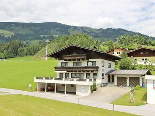 Nice Apartment in Hollersbach im Pinzgau with Terrace