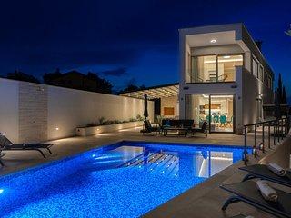 Villa Blue Haven – Luxury five star villa in Supetar, Brac island
