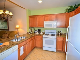 Budget Getaway - Reunion Resort - Welcome To Relaxing 3 Beds 3 Baths Townhome