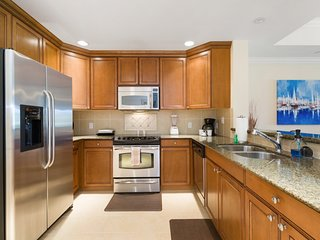 Enjoy Orlando With Us - Reunion Resort - Feature Packed Contemporary 3 Beds 3