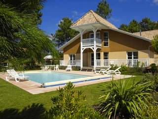 Luxurious villa with a private pool at 2.2 km. from the sea
