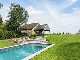 Beautiful Cottage with Private Pool in Ardennes