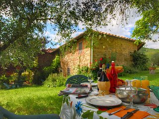 Authentic Holiday Home between Apennines and Tuscan Hills