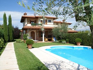 Luxury Holiday Home in Moniga del Garda with Private Pool