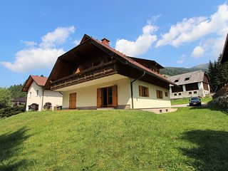 Gorgeous Holiday Home near Ski Area in Bad Kleinkirchheim