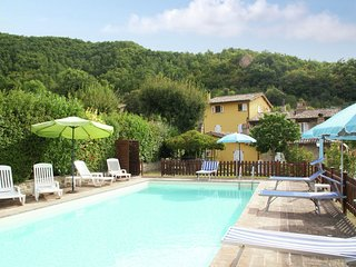 Scenic Holiday Home in Assisi with Swimming Pool