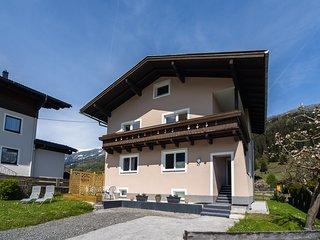 Modern Apartment by the Ski Area in Mühlbach