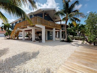 Captivating Cudjoe Key Waterfront Retreat