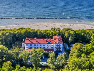Apartment on the seashore. Sauna, swimming pool, jacuzzi, SPA.