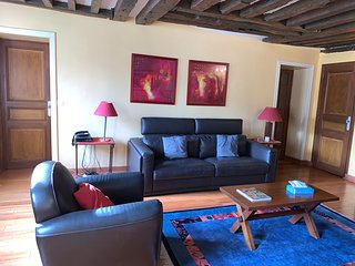 Charming 1 Bed Apartment - Temple #2, Le Marais