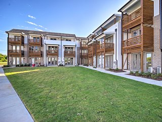 NEW! Modern Pet-Friendly Chattanooga Area Townhome