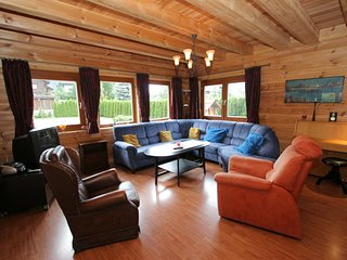Cozy Chalet in Sankt Margarethen im Lungau with Sauna