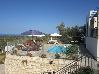 Cozy Villa in Agia Triada with Pool and Deckchair