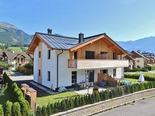 Luxury Holiday Home with Garden near Ski Area in Leogang