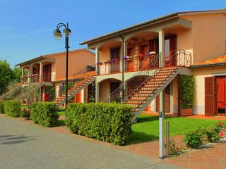 Luxury apartment with air conditioning in the green Maremma