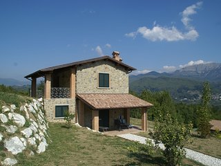 Apartment in agriturimo with a fantastic panorama, pool and restaurant