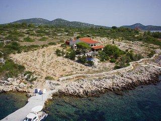 House Villa Pauk (62411-K1)