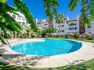 2 Bedroom Apartment Urb Cala Blanca, La Cala de Mijas