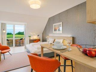 Nice apartment in Puttbus/Rugen w/ WiFi (DMR513)