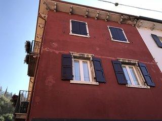 Renovated holiday apartment at Garda