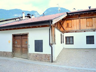 Mountain holiday home, in Val di Sole, large garden, various recreational spaces
