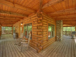 Deer Trail ( 2-Bedroom Cabin )
