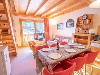 Charming duplex Ski-IN/OUT, Meribel centre
