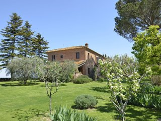 Villa surrounded by vines, on top of a hill with stunning views.