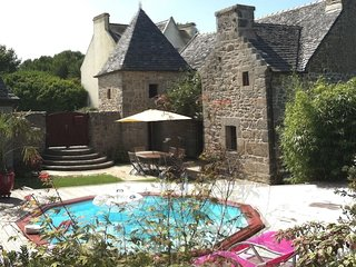 Beautifully restored farmhouse with private pool, situated in a quiet location
