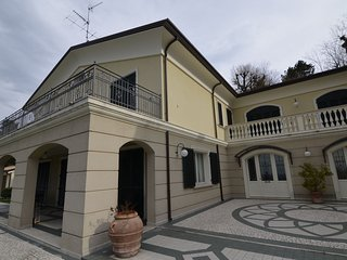 Grand Villa in Montescudo Italy with Garden