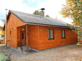 Sunlit Cabin with Jacuzzi in Turracherhohe