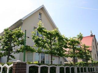 Lavish Villa in Middelkerke with Sauna