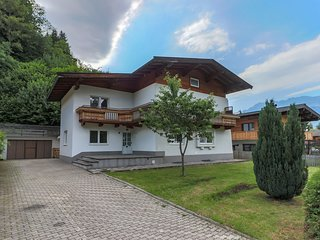 Comfortable Chalet in Ellmau near Ski Slopes