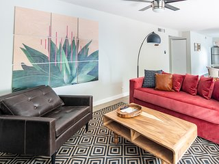 Cozy 2BR near The Biltmore #11 by WanderJaunt