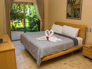 3 BDRM luxury apartment in PLAYACAR