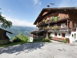 Spacious Farmhouse in Aschau im Zillertal with Meadow View