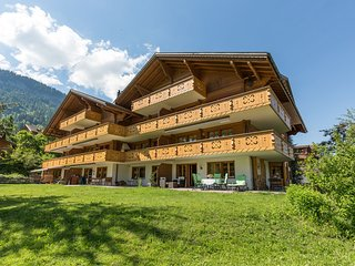 Luxury apartment on the ground floor in Zweisimmen Ski-in and Ski-out