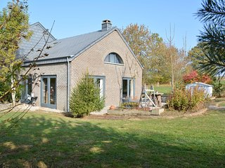 Original house, very comfortable and spacious, in the heart of the Ardennes