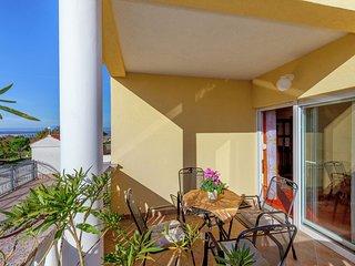 Authentic Apartment with Swimming Pool in Dramalj Croatia