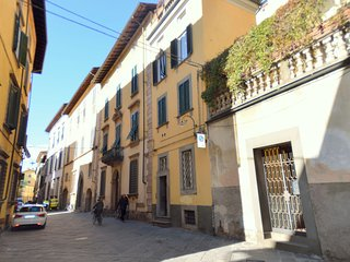 Apartment in the historic center of Lucca, for a visit to the city