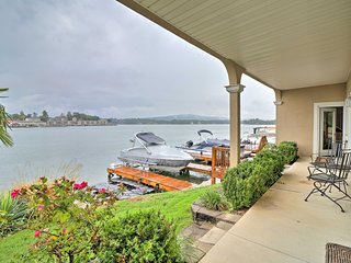 Lakefront Hot Springs Condo w/Boat Dock, Pool