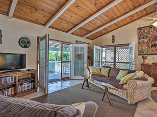 NEW! Cozy Home w/Lanai, 1Mi to Pahoehoe Beach Park