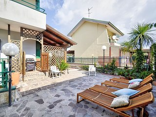 Olmo Panno 2 Holiday Home Sleeps 6 with Air Con and WiFi - 5816152